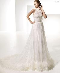 Empire A-line Sweetheart Lace Beading covered Buttons Wedding Dress