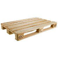 Wooden Pallets Rental Service
