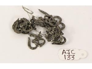 AJC0133 Antique Style Charm