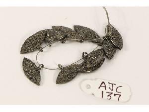 AJC0137 Antique Style Charm