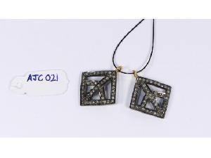 AJC021 Antique Style Charm