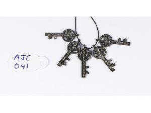 AJC041 Antique Style Charm