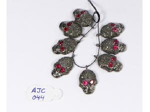 AJC044 Antique Style Charm