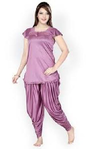8ac7830a55e Night Suits in Karnataka - Manufacturers and Suppliers India