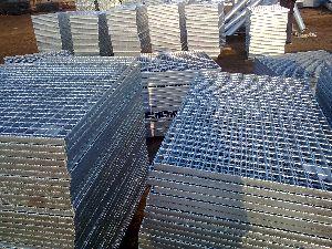 Bar Trench Metal Gratings