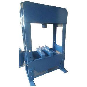 60 Ton Door Type Hydraulic Press