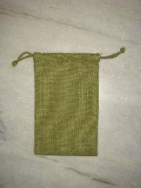 green pouch bag