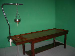 MASSAGE-Cum-SHIRODHARA TABLE