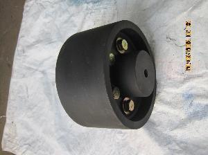 Brake Drum With Flexible Couplings