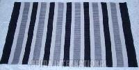 Woolen Rug (AI-4405)