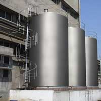 Milk Storage Tanks And Silos