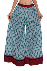 Divider Skirts