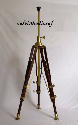 solid Industrial Furniture LED Tripod floor lamp