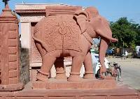 religious sandstone statues