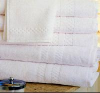 White Towel  (with Jacquard Terry Border)