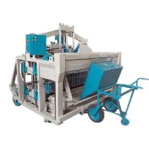 Semi Automatic Clc Brick Making Machine