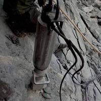 Hydraulic Rock Spliter Rental Services