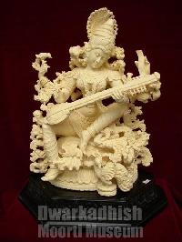 Synthetic Marble Saraswati Statue