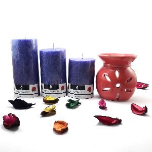 Lavender Fragranced Premium Set of 3 Candles with Aroma Diffuser Set
