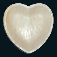 Areca Leaf Heart Shaped Plates
