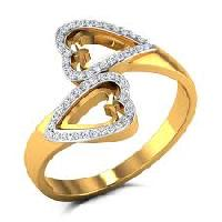 Diamond Studded Gold Ring