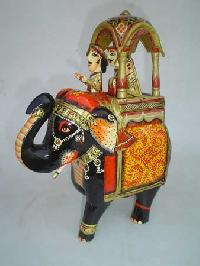 Wooden Painted Elephant Ga-04