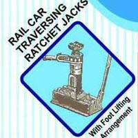 Rail Car Traversing Ratchet Jack