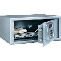electronic laptop safe