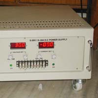 0-30V/0-30A VARIABLE DC POWER SUPPLY