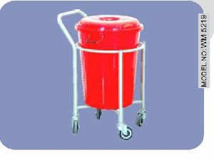 Wm 5219 Plastic Bucket Soiled Linen Trolley