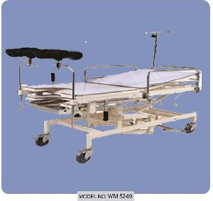 Wm 5249 Obstetric Telescopic Adjustable Height Labour Table