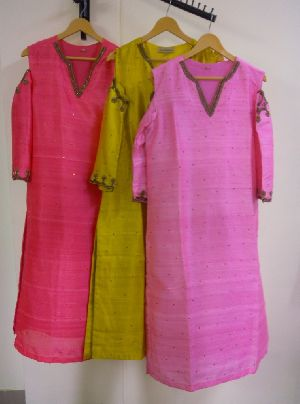 Hand Embroidery Kurtis In Rajasthan Manufacturers And Suppliers India