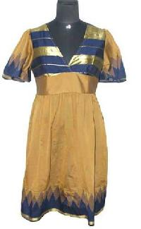 Vintage-sari-fashion-dress