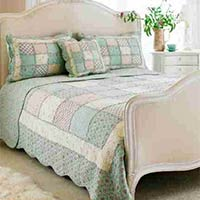 Avignon Quilted Bedspread (Duck Egg)