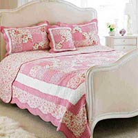 Toulouse Floral Woven Cotton Quilted Bedspread