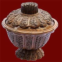 Walnut Wood Carving Products