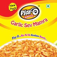 Play-O Garlic Sev Mamra Namkeen