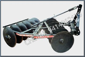 MF Mounted Offset Disc Harrow