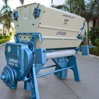 Double Roller Cotton Ginning Machines
