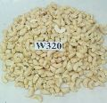 WW 320 Cashew Nuts